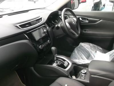 エクストレイル 新潟中古車 切り替え式4WD エマージェンシーブレーキ インテリジェントキー メモリーナビ ワンセグ ETC フロント席左右シートヒーター
